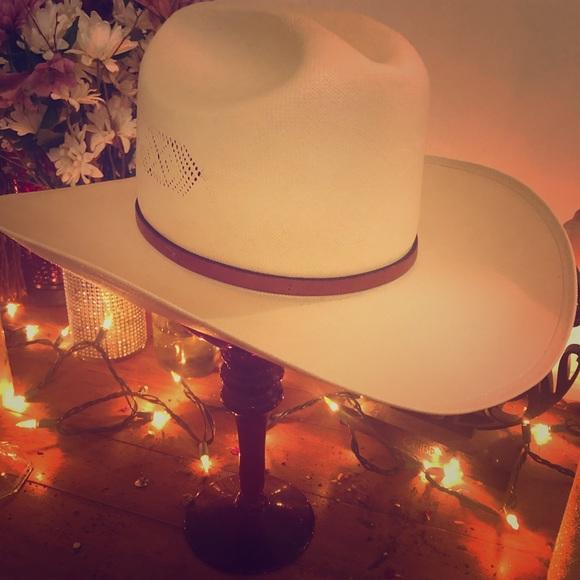 3f72fa9348b03 Accessories - Cowgirl Hat